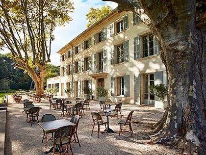 Vaucluse le domaine de fontenille se convertit la permaculture paris c te d 39 azur - Le domaine de fontenille ...